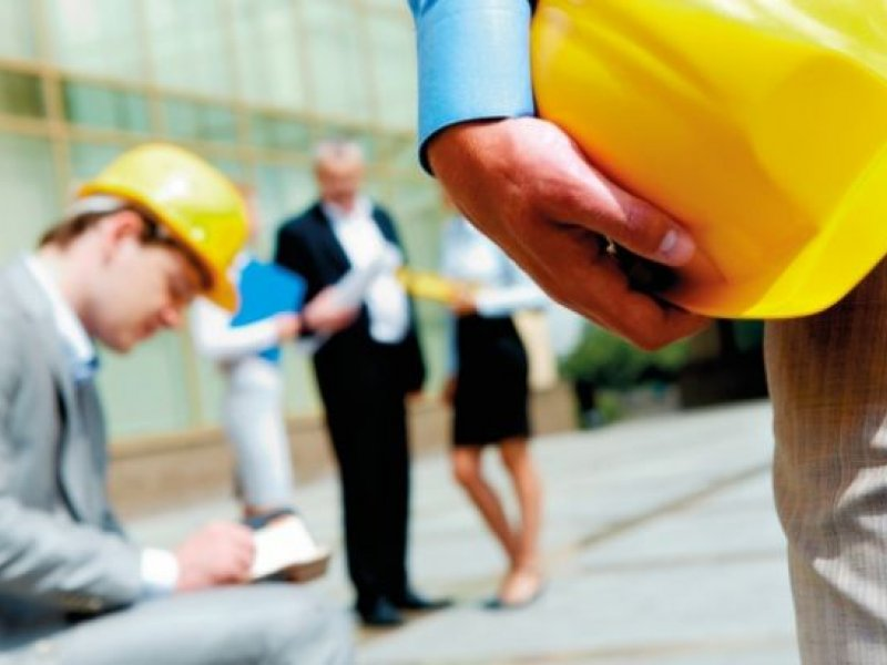 LEADERSHIP AND MANAGEMENT TRAINING IN OCCUPATIONAL HEALTH AND SAFETY